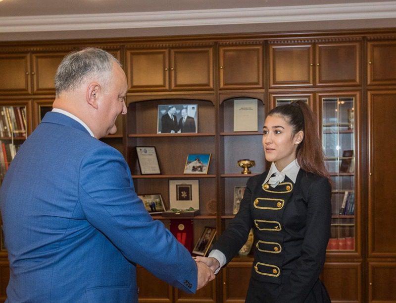 Додон: Продвижение молодых талантов – приоритет для администрации президента (ФОТО, ВИДЕО)