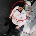 Воспользовался невнимательностью жертвы и украл сумку: полиция разыскивает подозреваемого (ВИДЕО)
