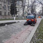 В столице началась кампания по осенней уборке города