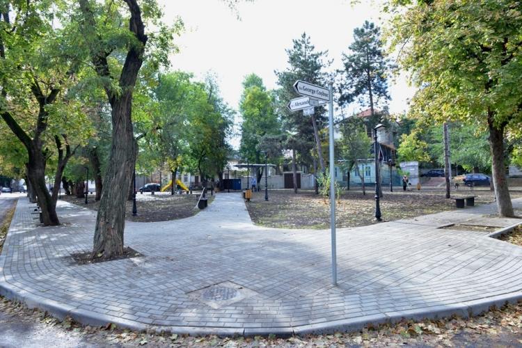 Ещё один городской сквер преобразился: на этот раз – на Рышкановке (ФОТО)