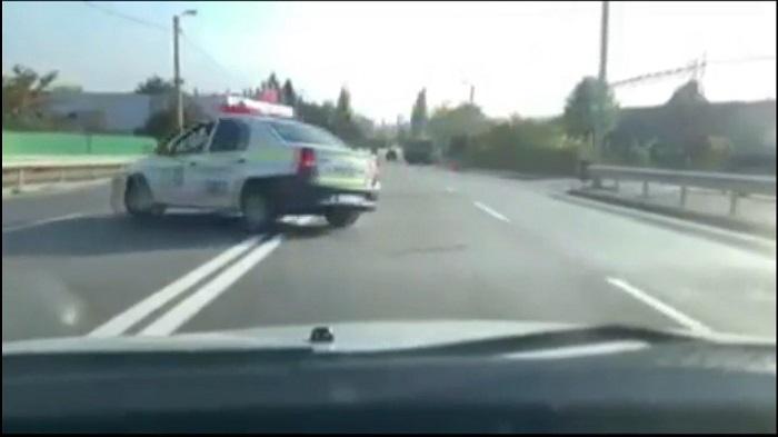 Патрульные на служебном авто спровоцировали ДТП в Пересечино: грузовик врезался в легковушку (ВИДЕО)