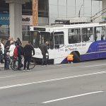 На Ботанике у троллейбуса отвалилось колесо во время движения (ФОТО)
