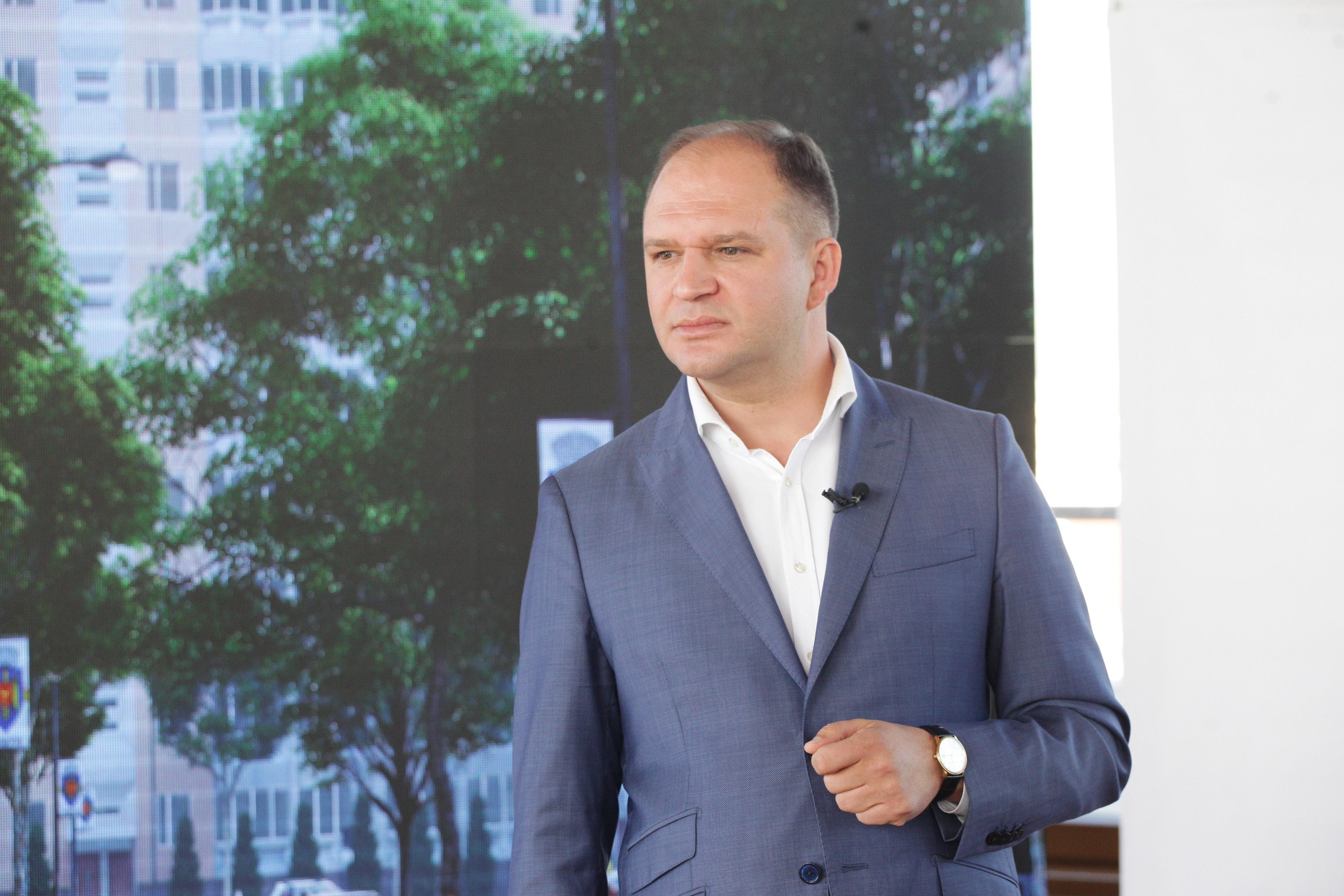 Чебан сложил мандат депутата и вице-председателя парламента (ФОТО)