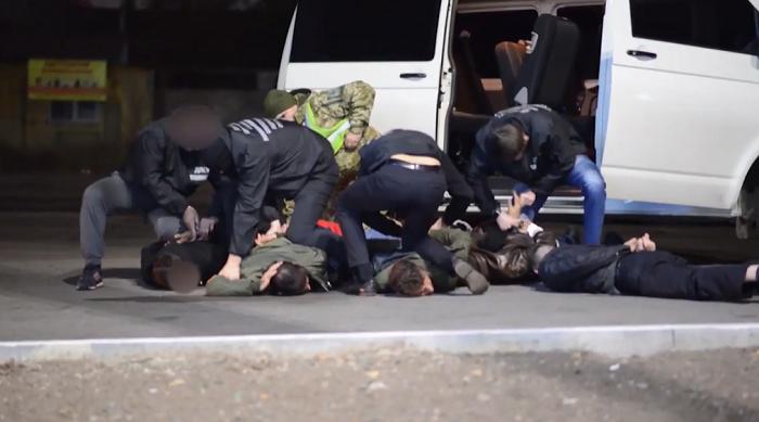 На молдо-украинской границе задержали пятерых нелегалов из Турции (ВИДЕО)