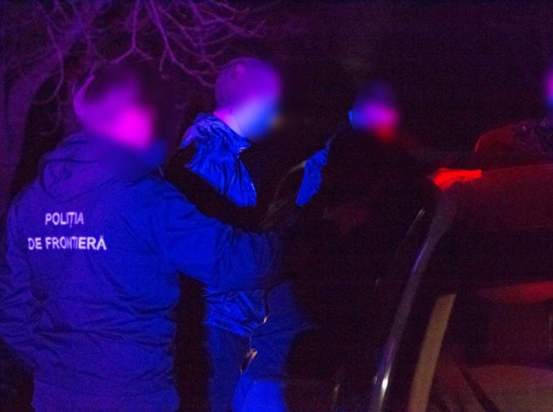 Семья из Афганистана намеревалась незаконно пересечь молдавскую границу и дать крупную взятку, чтобы попасть в Германию