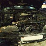 В Тирасполе на парковке загорелся автомобиль (ФОТО)