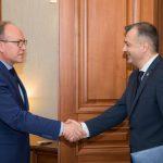 Ион Кику провел встречу с послом Румынии в Молдове