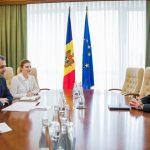 Премьер провел встречу с послом Словакии в Молдове