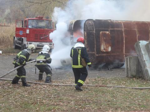 Сотрудники ГИЧС провели на севере страны учения по тушению пожаров (ФОТО)