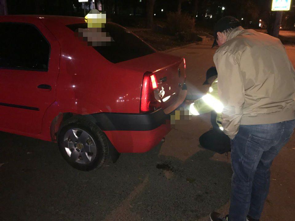 Проверки столичной полиции: десятки водителей такси садятся за руль нетрезвыми и без прав (ФОТО)