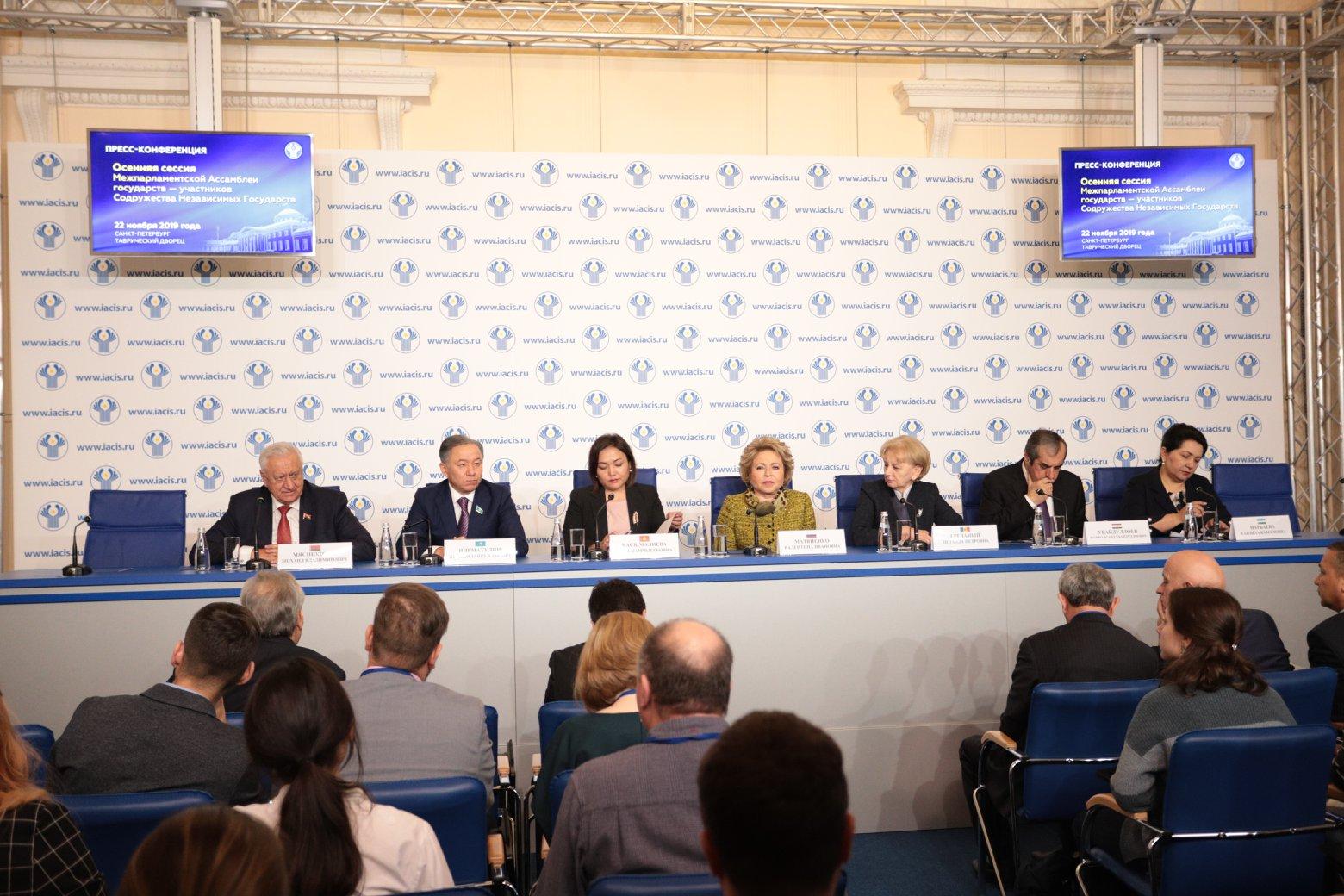 Гречаный: Наши приоритеты – привлечение инвестиций, развитие экономики и социальная защита населения