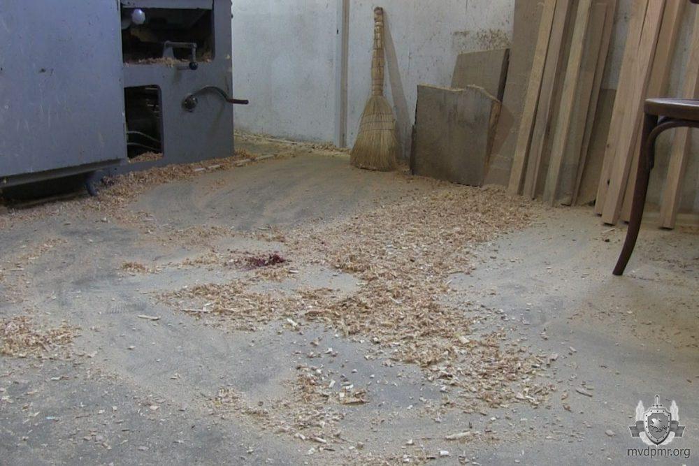 Несчастный случай на рабочем месте: пьяный рыбничанин едва не лишился руки (ФОТО)
