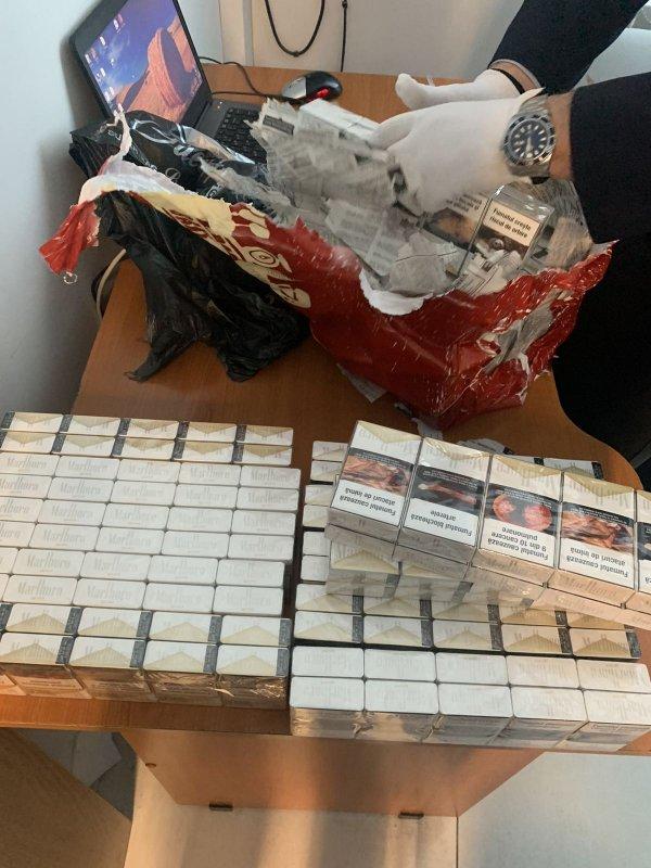 12 000 сигарет пытались нелегально провезти через границу