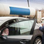 На выезде из страны попались два водителя с поддельными правами