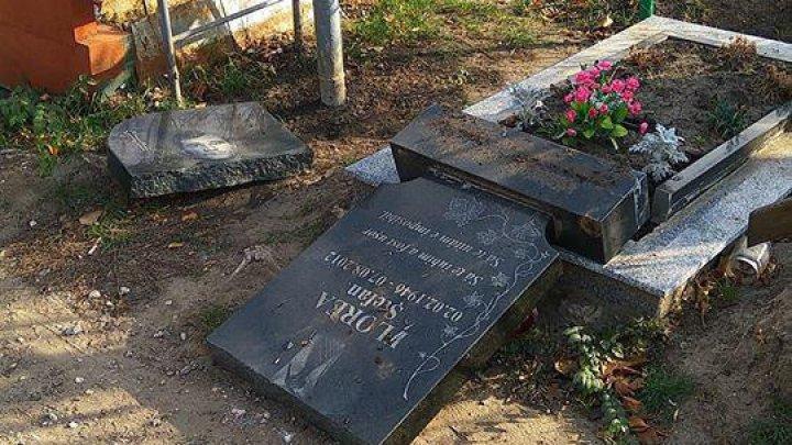 На кладбище в Дурлештах вандалы разрушили могилу (ФОТО)