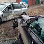 В Тирасполе невнимательный водитель не уступил дорогу и спровоцировал ДТП (ФОТО)