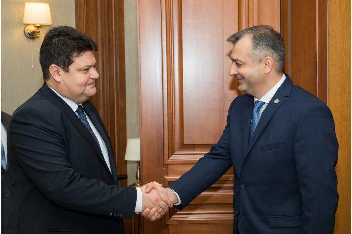 Ион Кику провёл встречу с послом Беларуси в Молдове
