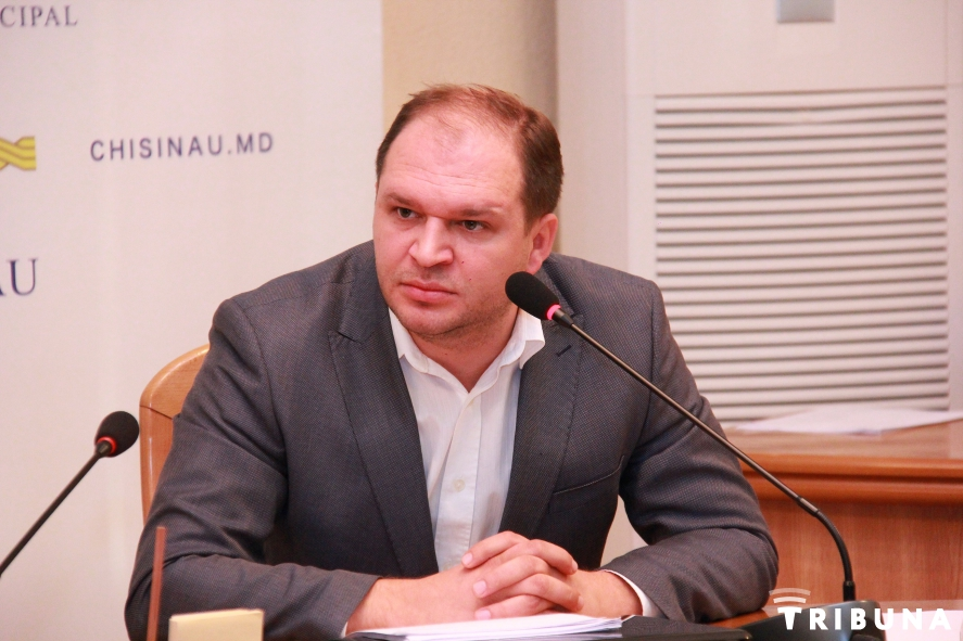 Первая отставка в примарии: Чебан потребовал от Замбицкого уйти