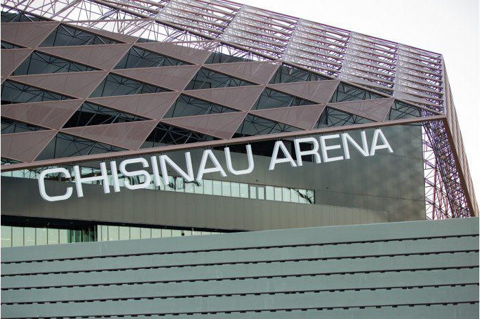 """Премьер посетил с проверкой спорткомплекс """"Chișinău Arena"""" (ФОТО)"""