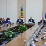 Кабмин провел встречу с аккредитованными в РМ послами