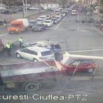 На оживлённом перекрёстке в центре столицы столкнулись два авто