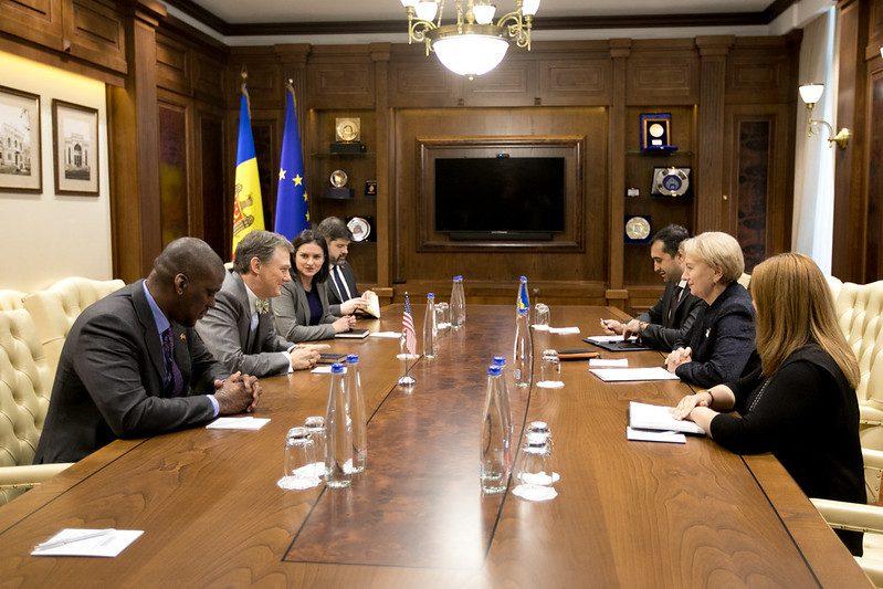 Председатель парламента встретилась с заместителем помощника Госсекретаря США