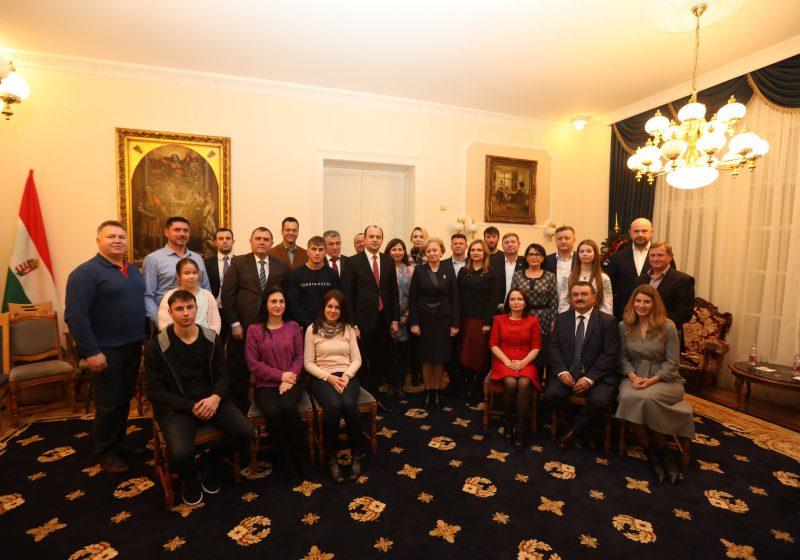 Гречаный встретилась с молдавской диаспорой в Будапеште