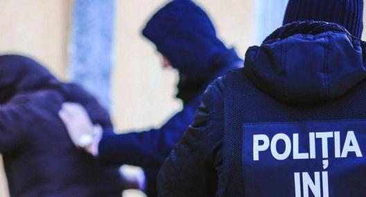 Правоохранители арестовали троих жителей столицы за незаконный оборот наркотиков (ФОТО, ВИДЕО)