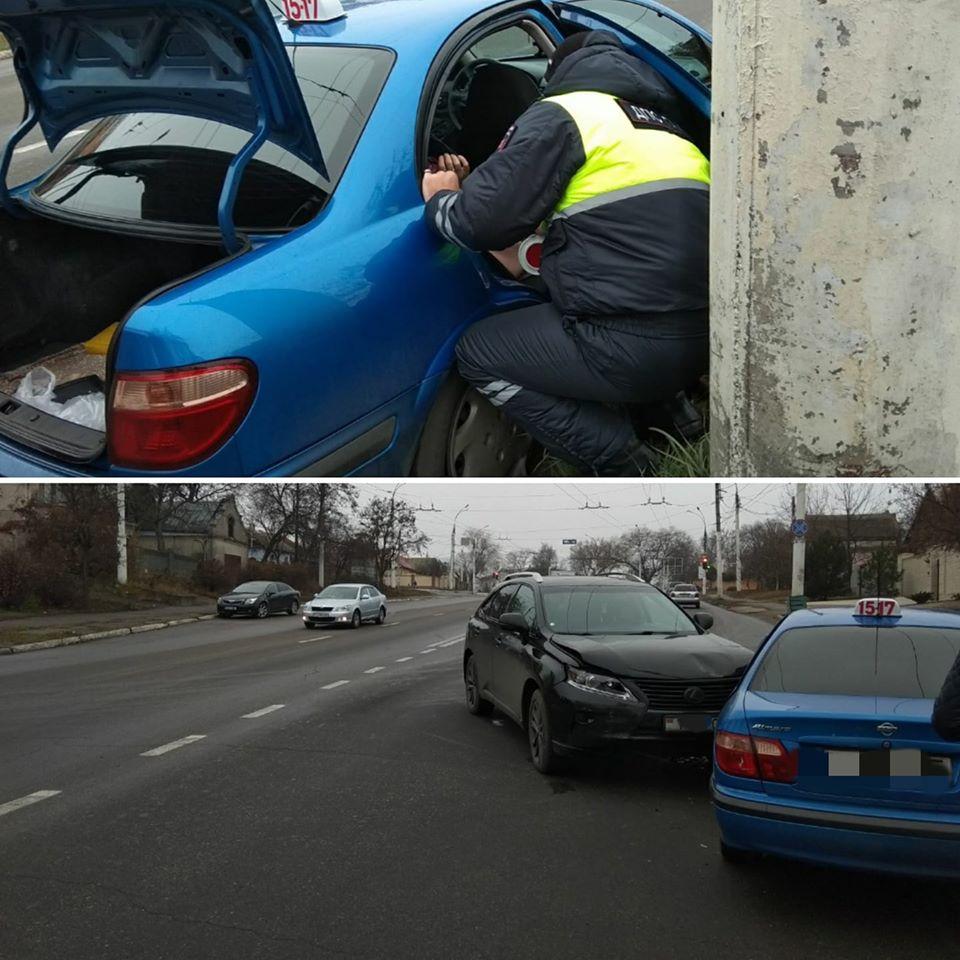 Таксист не уступил дорогу: в Тирасполе в ДТП пострадал пассажир