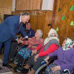 Додон - пенсионерам: Никто вас не оштрафует и не отключит от коммунальных услуг! Оставайтесь, пожалуйста, дома! (ВИДЕО)