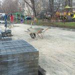 На благо граждан: продолжаются работы по благоустройству дворов на Ботанике (ФОТО)