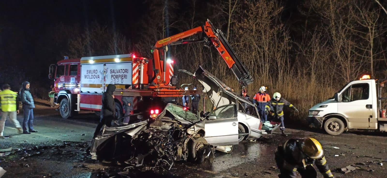 Кошмарное ДТП на выезде из Ватры: двое пострадавших скончались по дороге в больницу (ФОТО)