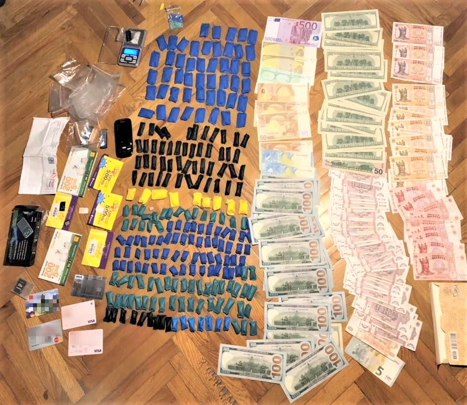 Изготовлял и сбывал наркотики: одному из участников наркосхемы грозит до 15 лет