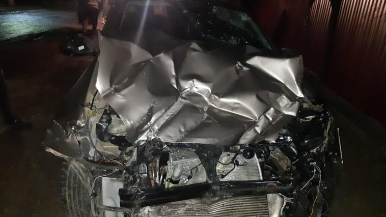 В Дрокии машина врезалась в столб: водитель госпитализирован в тяжёлом состоянии