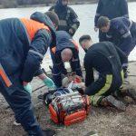 Сотрудники ГИЧС спасли провалившегося под лёд ребёнка