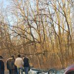 Авария на въезде в столицу: в кювете оказались два авто (ФОТО)