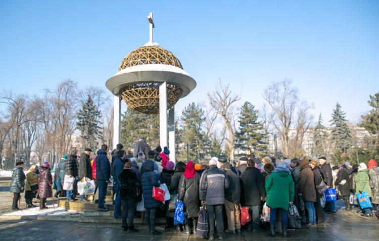 Православные отмечают Крещенский сочельник