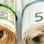 Курс валют на четверг: евро и доллар продолжают расти