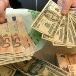 Курс евро и доллара растёт по отношению к лею