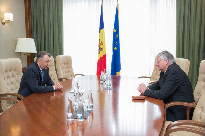 Премьер-министр провел встречу с послом Венгрии в Молдове