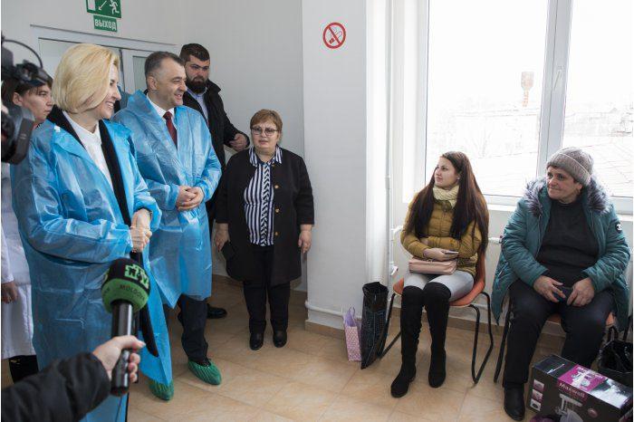Ион Кику посетил Вулканештскую районную больницу (ФОТО)