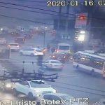 Утренняя авария на Виадуке: две машины не поделили перекрёсток