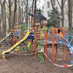 Как и обещал генпримар: снесенная строителями детская площадка восстановлена (ФОТО)