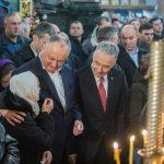 Вместе с сотнями прихожан Игорь Додон принял участие в литургии в Кафедральном соборе (ФОТО, ВИДЕО)