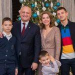"""""""Пусть 2020-й принесет Молдове как можно больше хорошего!"""": президент поздравил сограждан с Новым годом по старому стилю"""