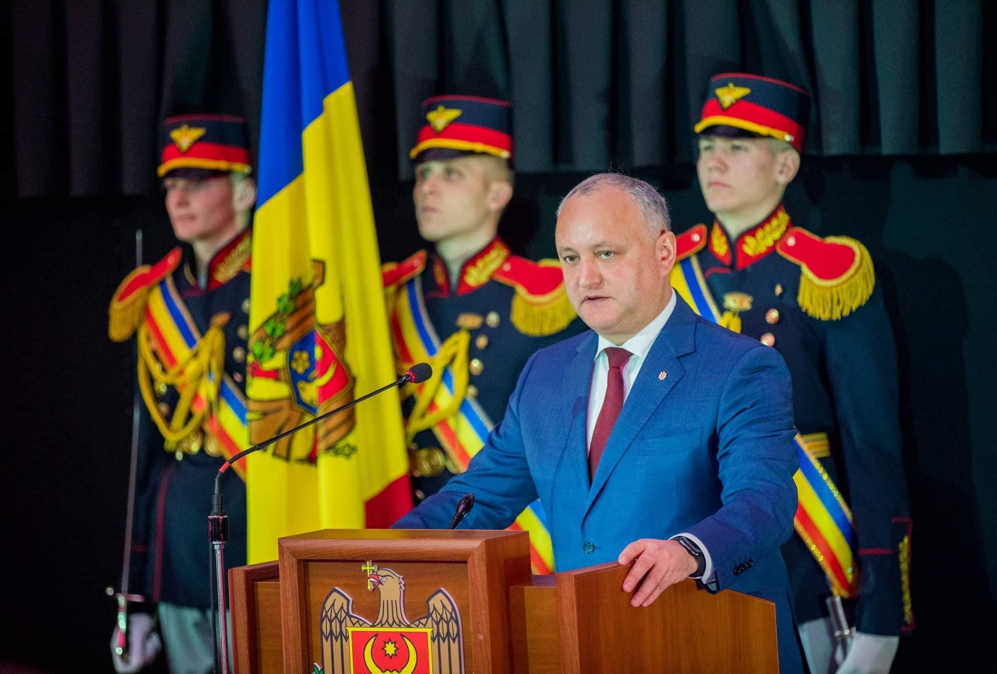 Гросул: Додон – единственный политик в РМ, кто защищает молдавский язык