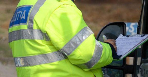 Статистика взяток: более 100 водителей за год пытались подкупить полицейских