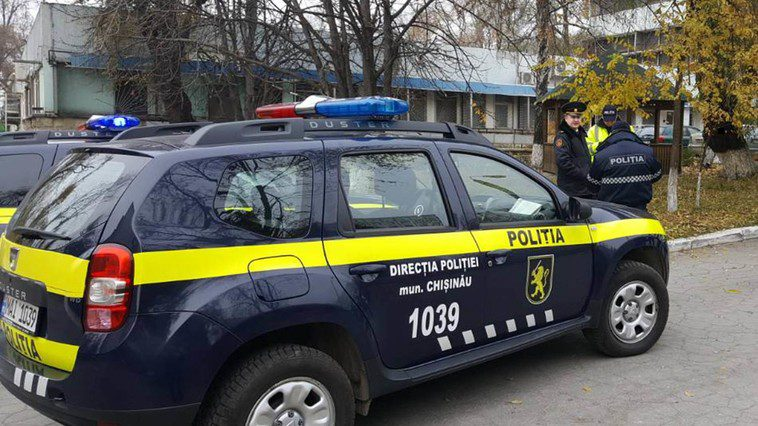 Трагедия в столице: женщина выбросилась из окна многоэтажки