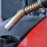 В Конгазчике неизвестные вскрыли резервуар на АЗС и выкачали более 800 литров бензина