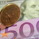 Курс на пятницу и выходные: евро упадёт на 6 банов